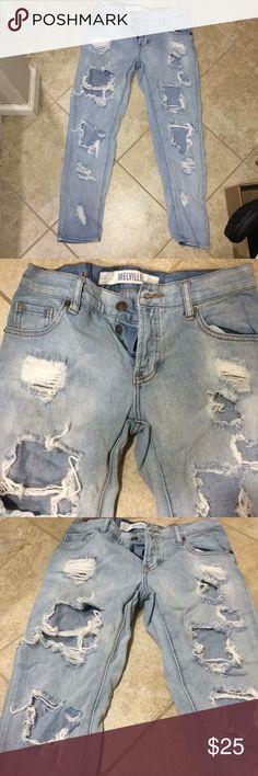 Brandy Melville ripped jeans Brandy Melville ripped jeans Brandy Melville Jeans