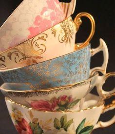 I <3 mismatched teacups