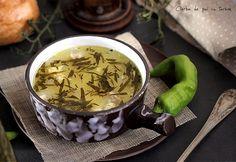 ciorba-de-pui-cu-tarhon 2 Eastern European Recipes, Romanian Food, Oatmeal, Tea Cups, Food And Drink, Favorite Recipes, Meals, Breakfast, Ethnic Recipes