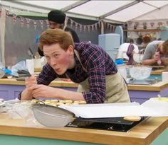 "19 Times Andrew Brought True Sunshine To The ""Bake Off"" Tent"