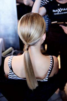 Backstage Hair Fashion Week Suboo Show Medium Hair Styles, Long Hair Styles, Hair Medium, Curls For Long Hair, Twist Ponytail, Business Hairstyles, About Hair, Curled Hairstyles, Bridesmaid Hair