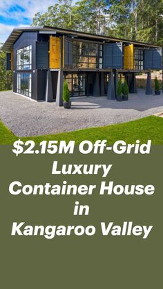 Tiny Container House, Cargo Container Homes, Storage Container Homes, Building A Container Home, Container Buildings, Tiny House Storage, Tiny House Cabin, Shipping Container Home Designs, Small House Design