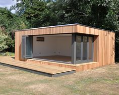 Contemporary garden studio with flooring - # . - Contemporary garden studio with flooring – # Contemporary - Backyard Office, Backyard Studio, Garden Office, Garden Lodge, Garden Bar, Sea Container Homes, Building A Container Home, Contemporary Garden, Contemporary Bathrooms