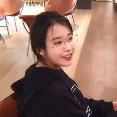 Ulzzang Couple, Ulzzang Girl, Korean Actresses, Actors & Actresses, Bts Makeup, Bts Aesthetic Pictures, Korean Artist, Kpop Outfits, Hey Girl