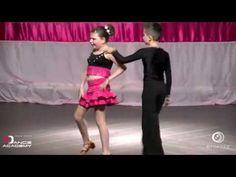Η Αναστασία έχασε το φως της στα τρία της χρόνια κι από τότε δεν σταμάτησε να χορεύει – διαφορετικό Summer Anthems, Dance Academy, Daddy Yankee, Music Publishing, Music Songs, Jennifer Lopez, Ballet Skirt, Youtube, Tutu