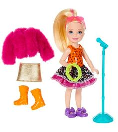 Little ones aged 3 years and up interested in music will adore this fashion doll from Barbie. Barbie and the Rockers Chelsea Doll Tambourine and Fashion Giftset Barbie Chelsea Doll, Barbie Doll Set, Baby Barbie, Barbie Sets, Barbie Hair, Doll Clothes Barbie, Barbie Kelly, Accessoires Barbie, Barbie Playsets
