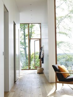 Beautiful nordic style modern space with floor to ceiling windows. Beautiful nordic style modern space with floor to ceiling windows. Home Interior Design, Interior Architecture, Interior And Exterior, Exterior Windows, Interior Ideas, Modern Architecture Design, Interior Stairs, Interior Plants, Light Architecture