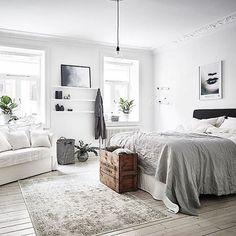 46 The Best Scandinavian Bedroom Interior Design Ideas Bedroom Apartment, Home Bedroom, Modern Bedroom, Bedroom Decor, Bedroom Ideas, Bedroom Inspiration, Trendy Bedroom, Studio Apartment, Bedroom With Couch
