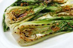 Gegrilde paksoi salade