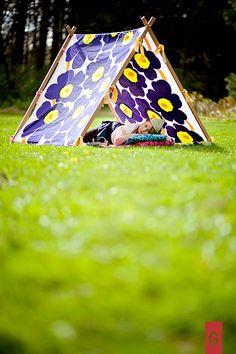 Marimekko Unikko vintage fabric in blue/yellow and kids wooden tent , genious.