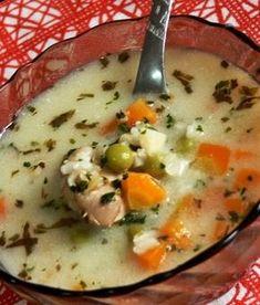 Erdélyi csorba Croatian Recipes, Hungarian Recipes, Soup Recipes, Cooking Recipes, Healthy Recipes, Matzo Ball Soup Recipe, Hungarian Cuisine, Diy Food, Soups And Stews