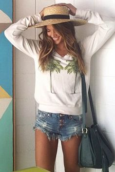 Wildfox Couture Twin Palms V-Neck Baggy Beach Jumper in Vintage Lace, seen on Rocky Barnes.