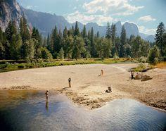 Stephen Shore. Río Merced, Parque Nacional Yosemite, California. 13 de agosto de 1979.