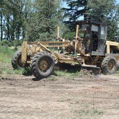 #Pergamino #ServiciosPúblicos La semana pasada se realizaron tareas de limpieza, desmonte y nivelación de los terrenos del Plan SOLARES II. Estas tareas continuarán en los próximos días hasta terminar la nivelación y remoción escombros del sector.