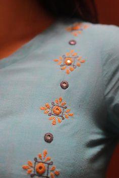 Embroidery On Kurtis, Kurti Embroidery Design, Embroidery Neck Designs, Hand Embroidery Videos, Hand Embroidery Flowers, Hand Embroidery Tutorial, Hand Work Embroidery, Creative Embroidery, Simple Embroidery