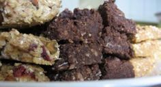 How to make your own homemade protein bars using a formula from No Meat Athlete.