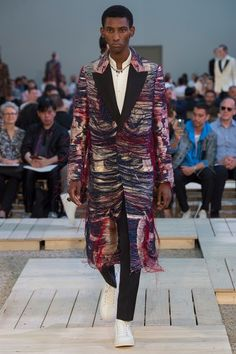 Alexander McQueen Spring 2018 Menswear Fashion Show Collection