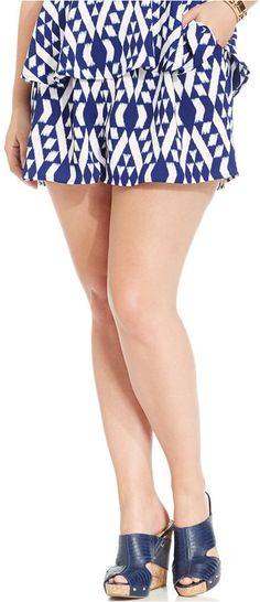 Soprano Plus Size Geo-Print Soft Shorts Soprano, Full Figured Women, Plus Size Shorts, Soft Shorts, Classy Outfits, Summer Looks, Geo, Plus Size Fashion, Moda Femenina
