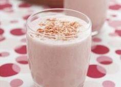 Batido de fresa y coco, un gustito dulce ¡que no te hará engordar! (RECETA)