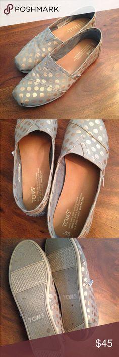 Toms polka Dot alpargata slip on Shimmery rose gold Polka dots. Grey Casual slip on flat. Width:medium. Size 6 Toms Shoes Flats & Loafers
