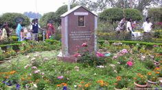 A mark of Garden of Excellence award given to Rose Garden, Ooty in the year 2006.