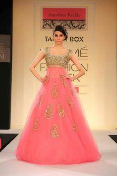 Designer Gown Vid Heavy Wrk
