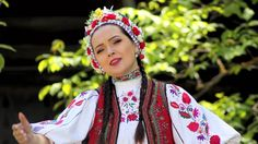 Vladuta Lupau - Ramai bade ne-nsurat Sari, Fashion, Folklore, Saree, Moda, Fashion Styles, Fasion, Saris