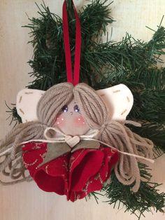 1 million+ Stunning Free Images to Use Anywhere Felt Christmas Ornaments, Etsy Christmas, Christmas Mantels, Primitive Christmas, Christmas Crafts For Kids, Christmas Art, Christmas Decorations, Christmas Bingo Cards, Angel Crafts
