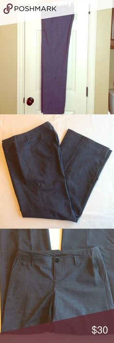 Banana Republic Ryan Fit Pant Ryan fit pant, size 4, blue. Hip pockets, belt loops, unlined, 30 inch inseam. Banana Republic Pants Trousers