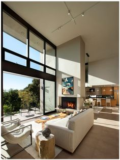 Beautiful Living Room That Opens To The Outside.