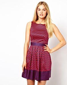 Closet Sleeveless Skater Dress with Contrast Boarder - so feminine and pretty!