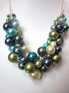 Collares de perlas racimo en tonos de azul por CreationsbyCynthia1