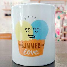 #Goodmorning!! Vamos a despedir el #verano con un gran #cafelito :) Encuentra esta #taza de #mrwonderful en nuestra tienda online http://www.differentshop.es/tazas-y-vasos/73-taza-summer-love.html