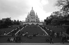 Sacre Coeur, Montmatre....not only one of my favorite places ever, but also the location of some really really good smoked salmon crepes...yummmm