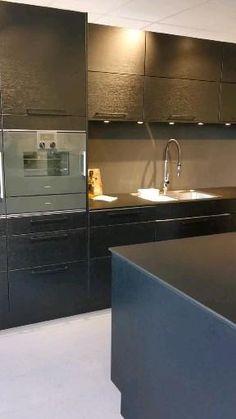 Kitchen Pantry Design, Luxury Kitchen Design, Home Interior Design, Kitchen Furniture, Kitchen Decor, Diy Kitchen, Wardrobe Door Designs, Modern Kitchen Interiors, Kitchen Board