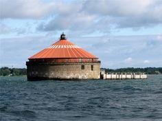 Buffalo Intake Crib Light, Buffalo, New York (Lake Erie) Saint Lawrence Seaway, Fort Erie, Buffalo New York, Historic Properties, Good Neighbor, Lake Erie, Water Tower, Vacation Places, Great Lakes