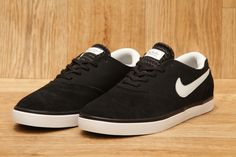 NIKE SB ERIC KOSTON 2 LR BLACK / LIGHT BASE GREY / BLACK £59.95