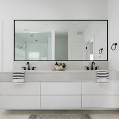This ensuite design from DLUX Design Co has us floating on cloud not just because of the Cloudburst Concrete 4011 vanity (although that's surely part of it)! Modern White Bathroom, Master Bathroom Vanity, Modern Sink, Double Sink Bathroom, Modern Bathroom Design, Bathroom Interior Design, Double Sinks, Double Sink Vanity, Ensuite Bathrooms