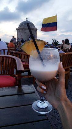 Cartagena de Indias – MLV BLOG Trip To Colombia, Visit Colombia, Colombia Travel, I Want To Travel, Europe Destinations, South America, Puerto Rico, Travel Inspiration, Places To Go