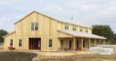 gambrel pole barn home | alt text