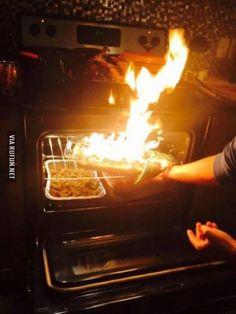 Когда забыл про готовку  #еда #огонь