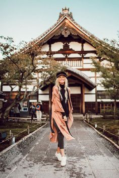 Japan Pigtails - Barefoot Blonde by Amber Fillerup Clark Japan Outfits, Hm Outfits, Winter Outfits, Spring Outfits Japan, Japan Spring, Travel Outfits, Travel Attire, China Tumblr, Tourist Outfit