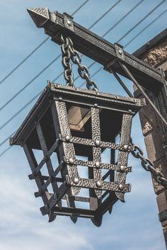 Metal Bending Tools, Metal Working Tools, Forging Metal, Iron Furniture, Steel Furniture, Antique Lanterns, Industrial Style Furniture, Blacksmith Projects, Lantern Post