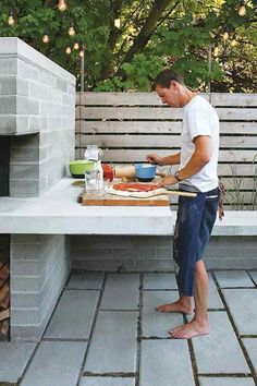 Seattle Magazine Home and Garden Outdoor Living Backyard With a Pizza Oven This Backyard Became a Social Gathering Space Pizza Oven Outdoor, Outdoor Cooking, Outdoor Entertaining, Outdoor Food, Outdoor Spaces, Outdoor Living, Outdoor Kitchen Countertops, Granite Countertops, Outdoor Kitchen Design