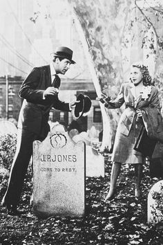 Cary Grant and Priscilla Lane in Arsenic and Old Lace, 1944.