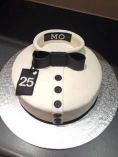 Cake Decorating Course Stoke On Trent : 1000+ images about Cake on Pinterest Birthday cakes ...