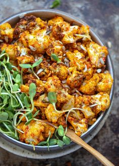 28 Vegan AIR FRYER Recipes You Need To Try - Buffalo Cauliflower, Blooming Onions, Chickpeas, baked potatoes Laura Lea Balanced, Vegan Crab, Sauce Pizza, Veggie Sushi, Yummy Veggie, Veggie Dishes, Side Dishes, Vegan Blog, Air Fry Recipes