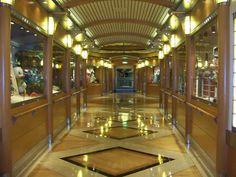 disney wonder photo: Hallway on Disney Wonder HallwayByStores.jpg