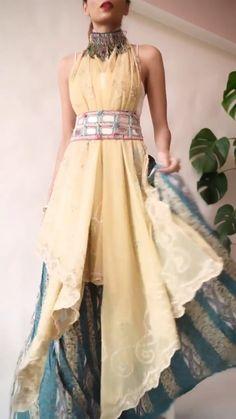 Indian Fashion Dresses, Dress Indian Style, Indian Designer Outfits, Indian Outfits, Designer Dresses, Fashion Outfits, Saree Wearing Styles, Saree Styles, Lehenga