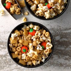 Snack Mix Recipes, Popcorn Recipes, Fall Recipes, Holiday Recipes, Snack Mixes, Pumpkin Recipes, Dessert Recipes, Halloween Snacks, Fall Snacks